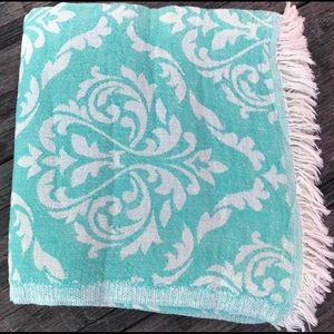 Other - Oversized Double Sided Soft Cotton Towel
